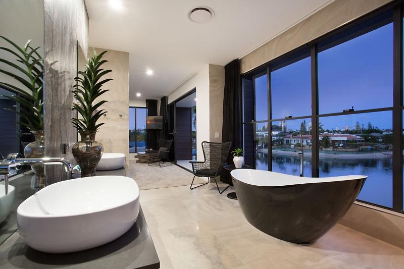 Mid-century modern home on the Gold Coast