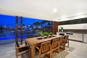Gold Coast canal front home builders