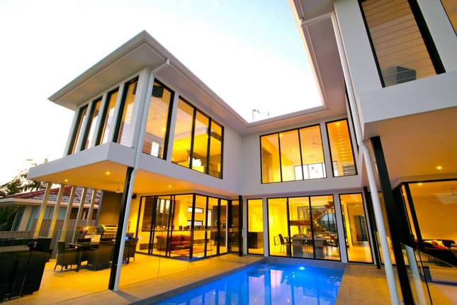 Gold Coast House Builders - Broadbeach Canal Front Home